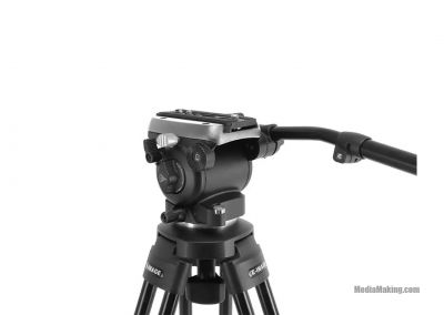 Flat base fluid head for dollies, slider and tripods
