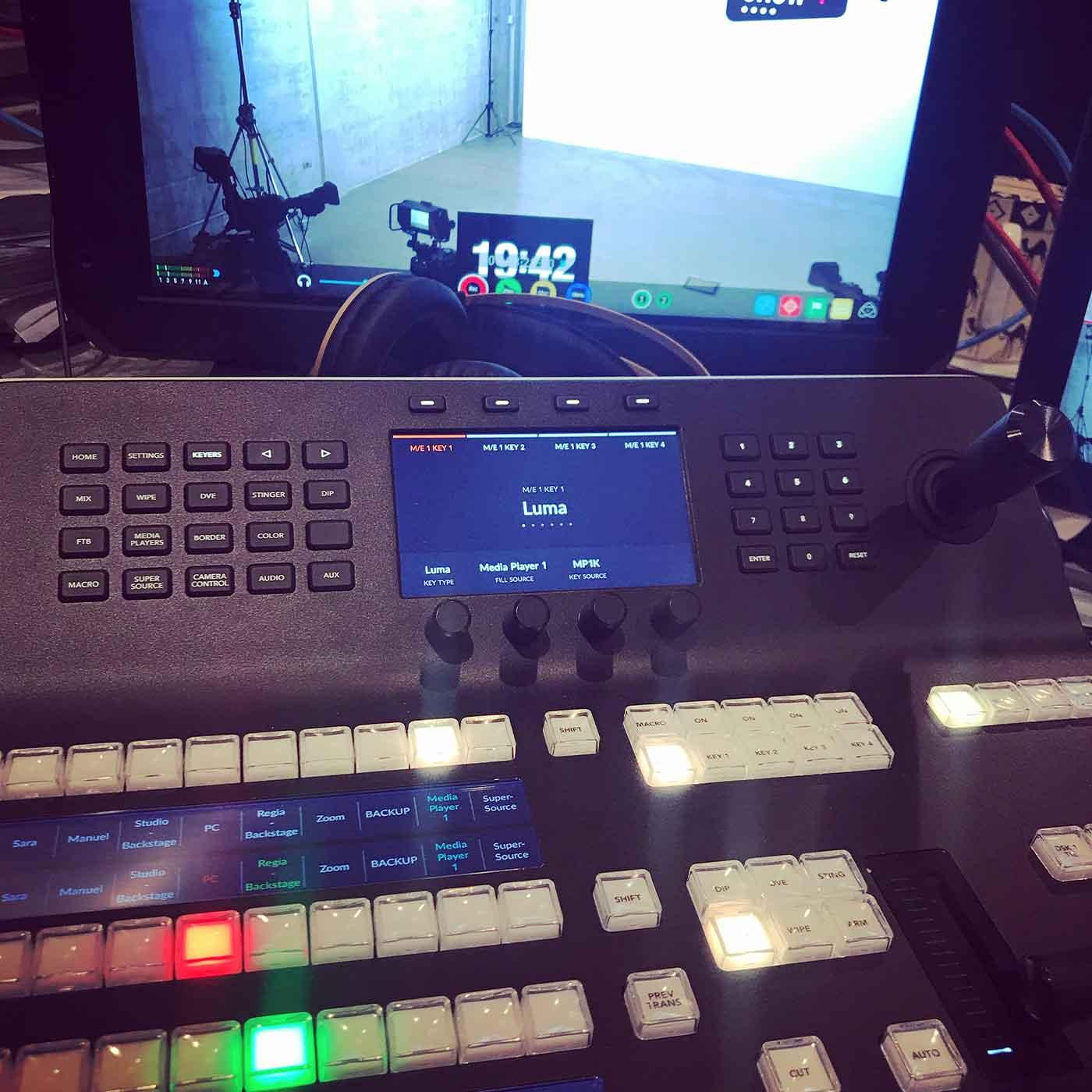 broadcast-service-regia-live_01
