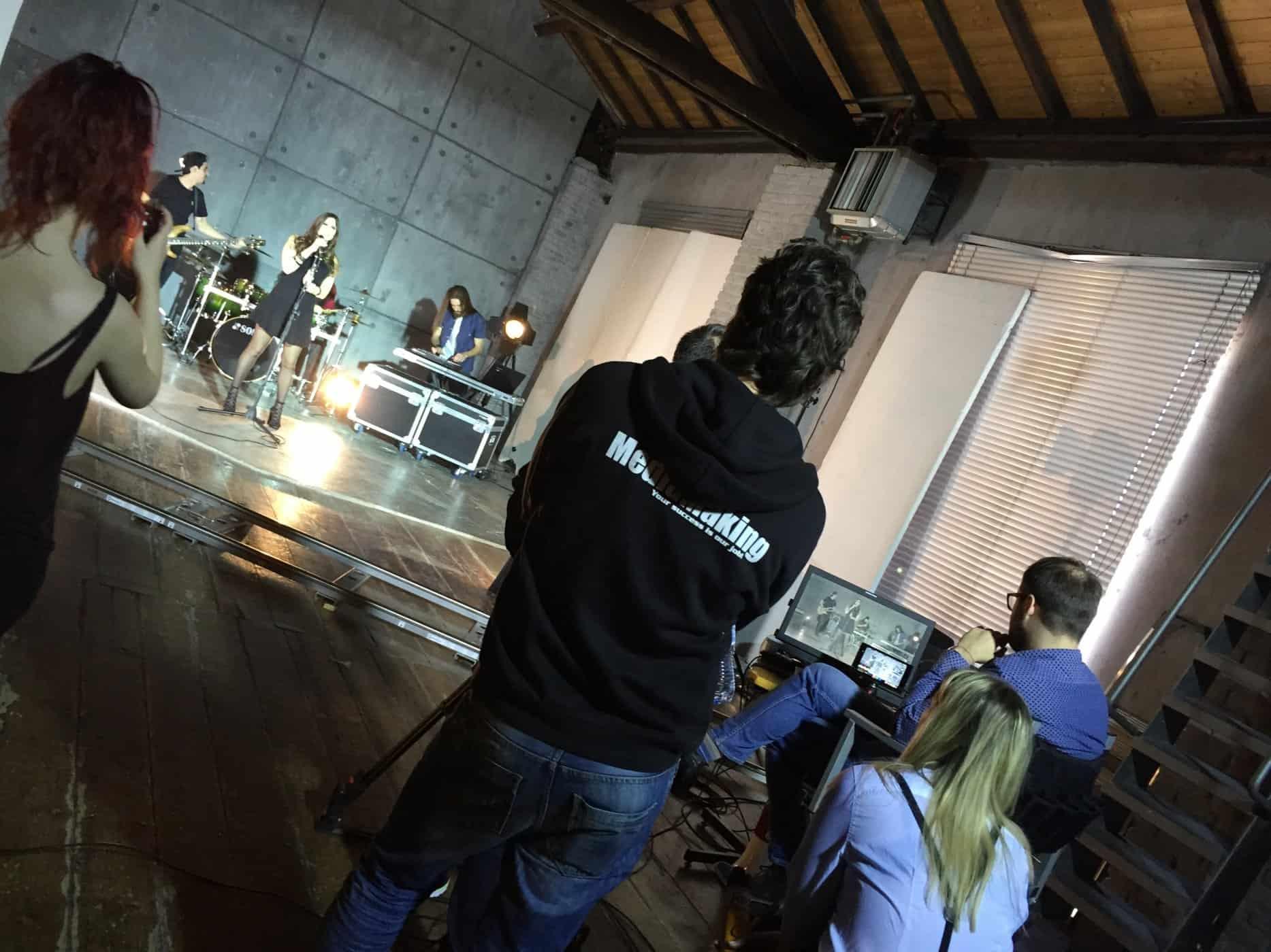 videoclip-musicali-videoproduzioni-postproduzione-band-artisti-emergenti-video-riprese (6)